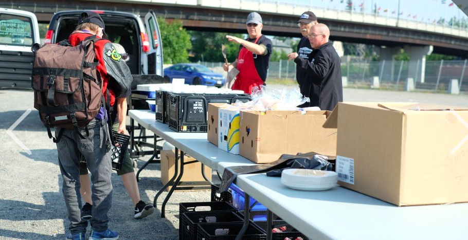 Sudbury landlords group fires up the grill at the Elgin Street Mission with act of kindness